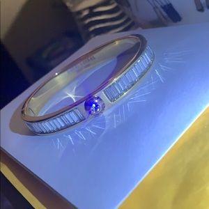 henri bendel Jewelry - SOLD! NEW HENRI BENDEL GOLD BAGUETTE BRACELET
